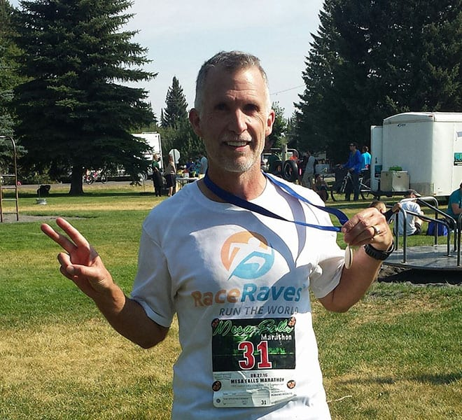 Donn Raymond repping RaceRaves at Mesa Falls Marathon in Idaho